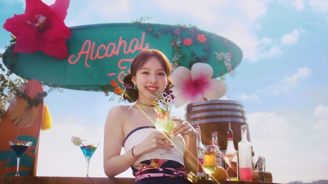 comebacTwice, Twice tin tức, Twice thành viên, Kpop, ONCE, Nayeon, Nayeon Twice, Twice Nayeon, Alcohol-Free, Twice YouTube, Twice idol, twice chart, twice comeback