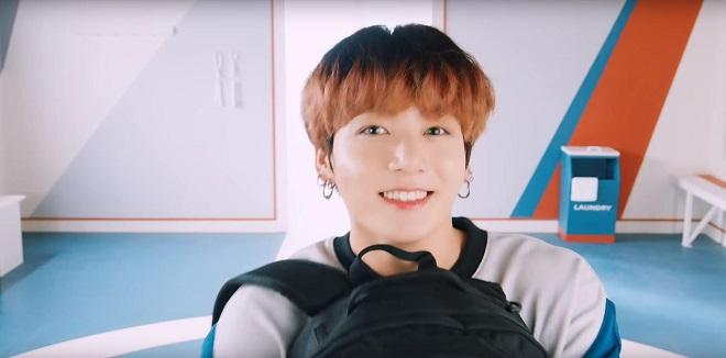 BTS, sản phẩm mới của Jungkook cháy hàng, Jungkook BTS, BTS Jungkook, Fila, bts, bts 2020, jungkook