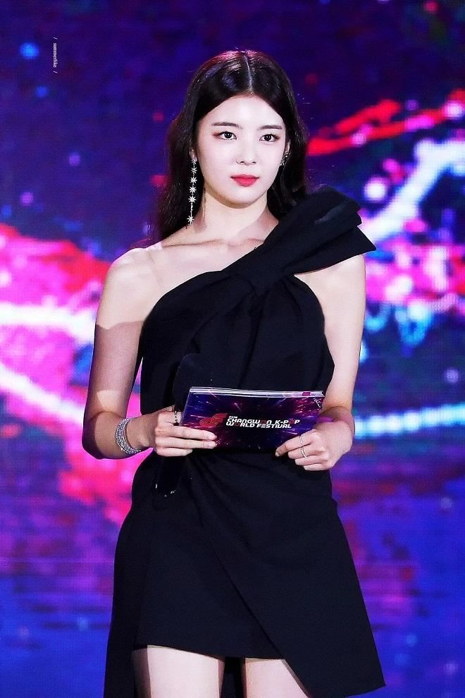 Blackpink, Twice, Red Velvet, Kpop, xu hướng thời trang, thần thái, mỹ nhân, Blackpink tin tức, Twice tin tức, Red Velvet tin tức