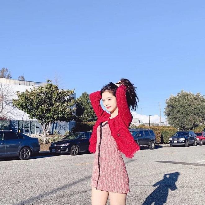 Blackpink, Blackpink tin tức, Red Velvet, Red Velvet tin tức, Momoland, Momoland tin tức, Loona, Jisoo, Jisoo Blackpink, CLC, ITZY, Kpop, sao Kpop, đụng hàng, thời trang