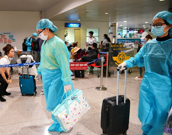 Dịch COVID-19, Hà Nội, người nhập cảnh từ các vùng dịch phải liên hệ cơ quan y tế, COVID-19