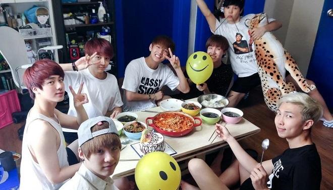 BTS, Jungkook, BTS tin tức, BTS thành viên, BTS YouTube, Jungkook BTS, BTS Jungkook, Love Yourself Seoul, DVD