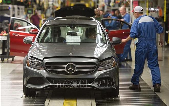 Mercedes-Benz, Volkswagen, BMW, Volvom, bắt đầu nối lại hoạt động, sản xuất ô tô, Dịch COVID-19