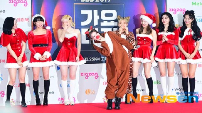 BTS và Twice gây sốt visual trên thảm đỏ SBS Gayo Daejun 2019