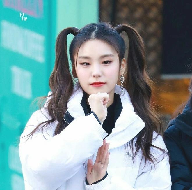Twice, Blackpink, đáng yêu gấp bội, kiểu tóc hai bên, Red Velvet, Mamamoo, ITZY, SNSD, Momoland