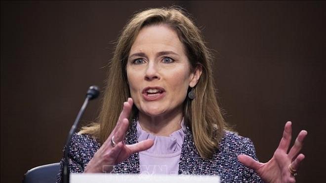 Mỹ, chính trường Mỹ, Thẩm phán Tòa án tối, Amy Coney Barrett
