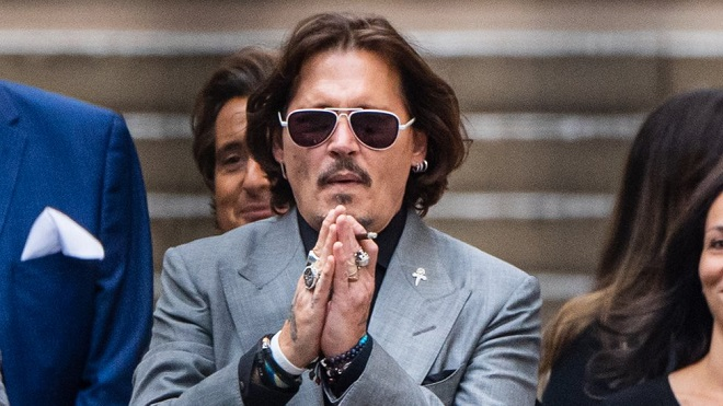 Johnny Depp bị hãng phim loại khỏi dự án 'Fantastic Beasts' sau thua kiện