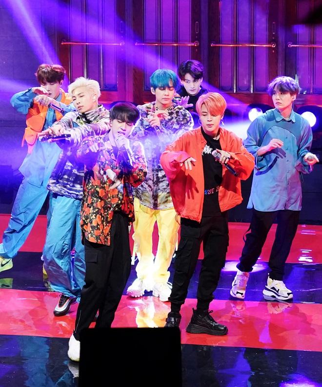 BTS, Jungkook, chơi khăm, Jimin, chiều cao, BTS tin tức