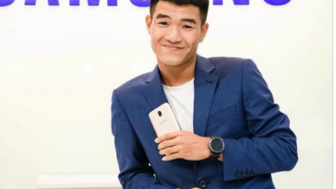Hà Đức Chinh đóng quảng cáo, đồng đội U23 Việt Nam tiết lộ thu nhập 'đống tiền'