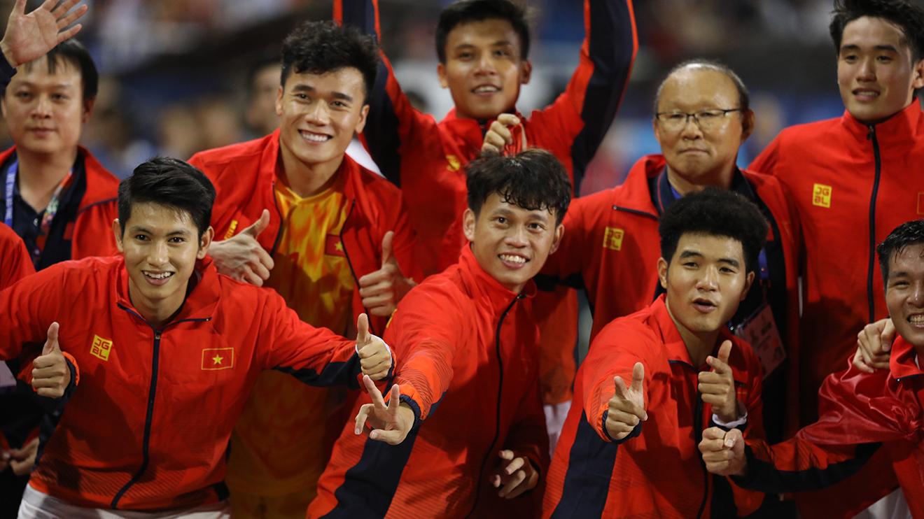 Bóng đá hôm nay 12/12: 'U23 Việt Nam hướng tới Olympic Tokyo'.Zidane dọa loại Liverpool