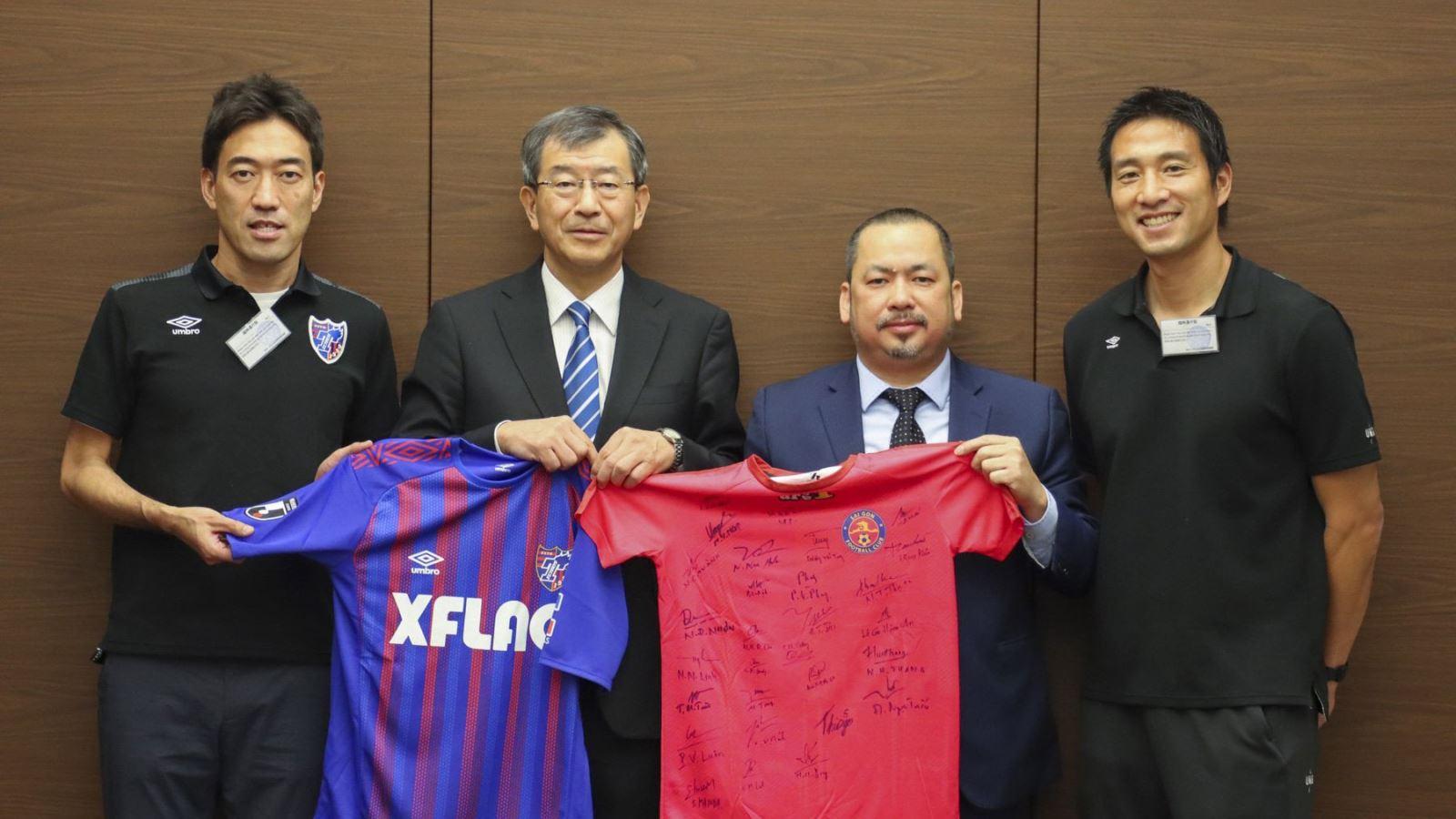 bóng đá Việt Nam, tin tức bóng đá, bong da, tin bong da, HAGL, V League, chuyển nhượng V League, bầu Đức, Công Phượng, Tuấn Anh, Xuân Trường