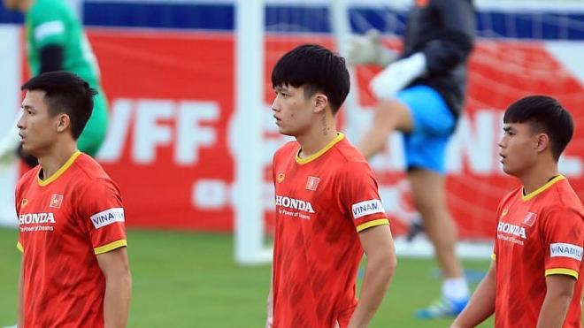 Bóng đá Việt Nam hôm nay: Thái Lan cạnh tranh quyền đăng cai AFF Cup với Singapore