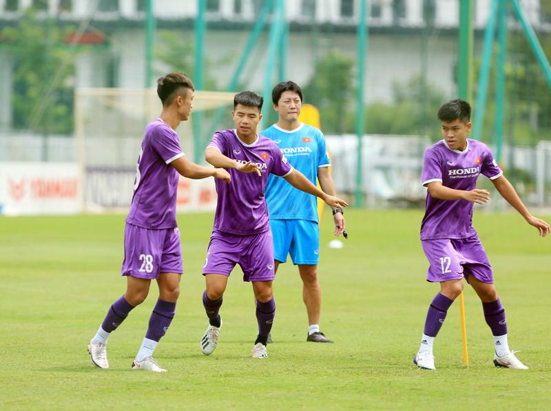 bóng đá Việt Nam, tin tức bóng đá, Việt Nam vs Trung Quốc, lịch thi đấu vòng loại thứ ba World Cup, Park Hang Seo, xếp hạng bảng B vòng loại thứ ba World Cup