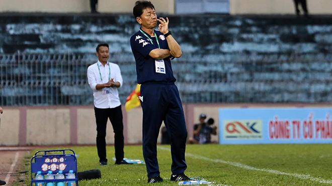 Bóng đá Việt Nam hôm nay: Công Phượng tái hợp HLV Hàn Quốc. Tiến Dũng tham gia chống COVID-19