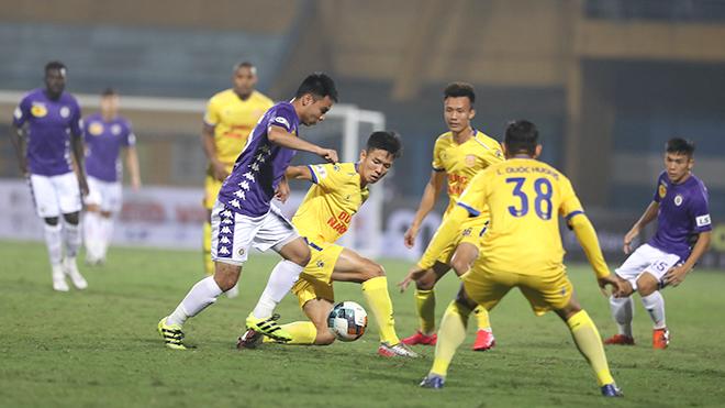 bóng đá Việt Nam, tin tức bóng đá, bong da, tin bong da, Kiatisuk, Công Phượng, HAGL, V League, chuyển nhượng V League, lịch thi đấu V League 2021