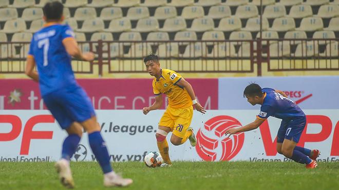 Kết quả bóng đá hôm nay: Than Quảng Ninh đánh bại SLNA