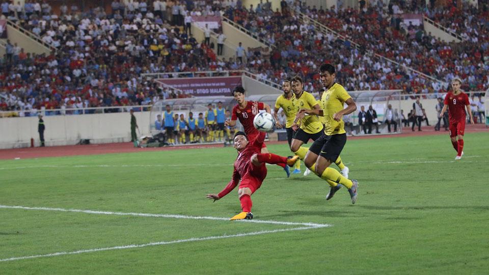 Truc tiep bong da, UAE vs Indonesia, trực tiếp bóng đá hôm nay, UAE đấu với Indonesia, xem bóng đá trực tuyến, VTC1, VTC3, VTV6, VTV5, Việt Nam Malaysia, World Cup 2022