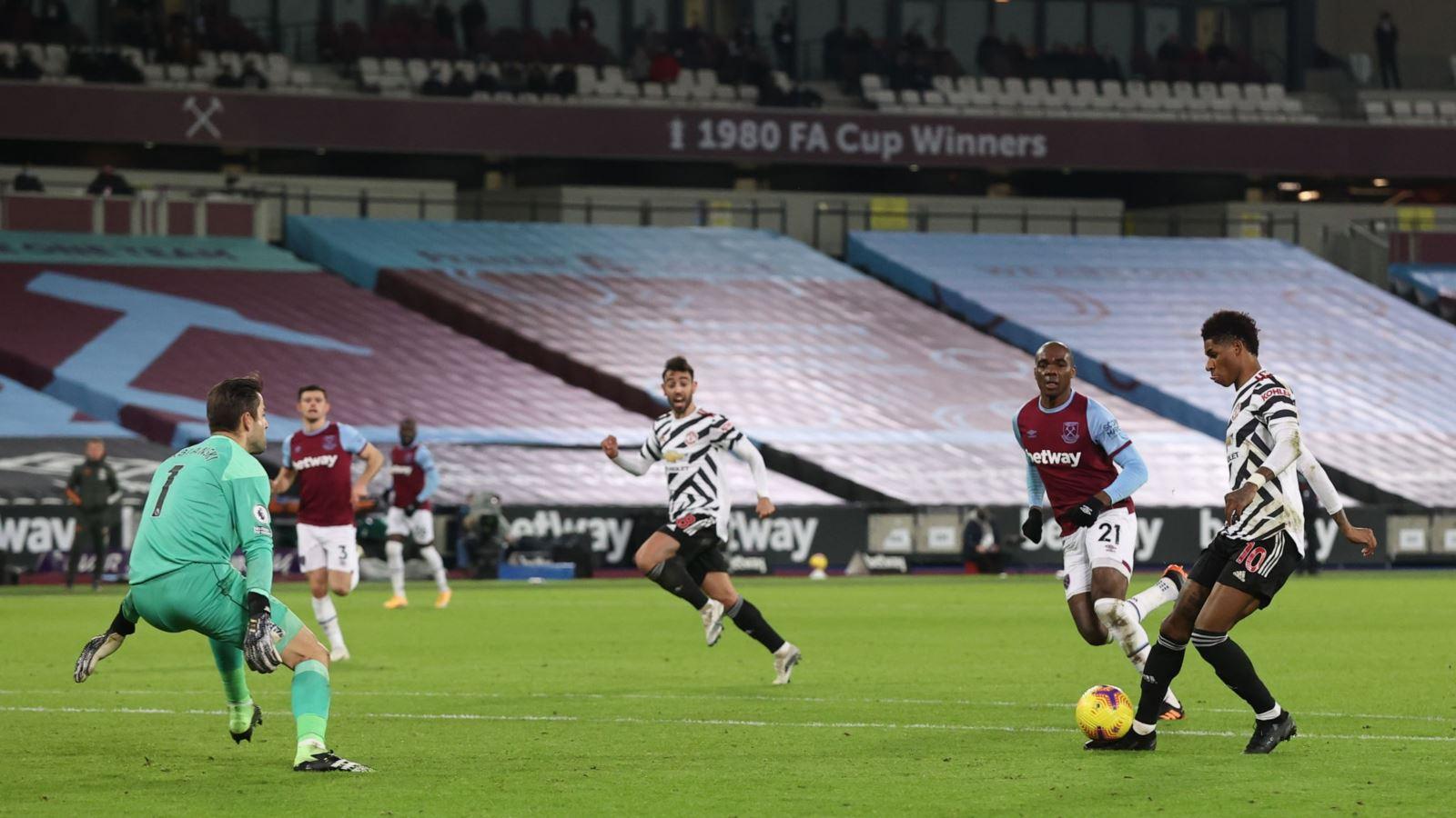 Kết quả West Ham 1-3 MU: Ngược dòng trong hiệp 2, 'Quỷ đỏ' giành 3 điểm trên sân khách