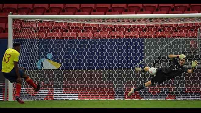 Argentina 1-1 Colombia (luân lưu 3-2): Emiliano Martinez cản 11m thành công, Argentina vào Chung kết gặp Brazil