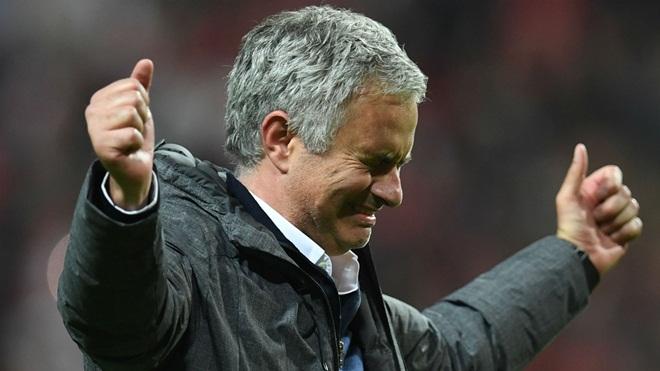 Vì sao Mourinho chưa hài lòng dù Man United đã chi mạnh tay mua Lukaku, Lindelof?