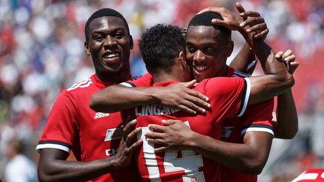 'Thắng cả Man City lẫn Real, thế lực M.U đang trở lại. Premier League hãy đợi đấy!'