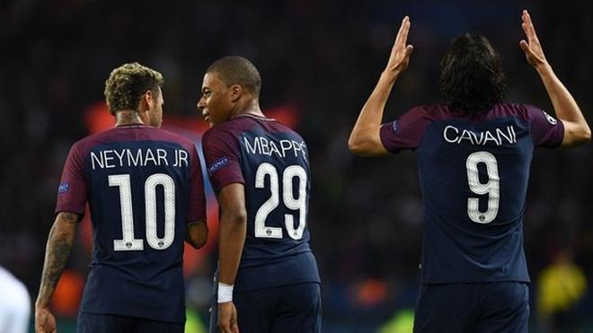 ĐIỂM NHẤN PSG 3-0 Bayern Munich: Đồng tiền biết nói. Cavani và Neymar làm hoà. Bayern tệ hại