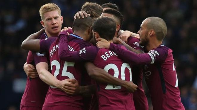 Guardiola: 'Klopp cường điệu quá. Man City làm sao vô địch ngay trong tháng 1/2018'