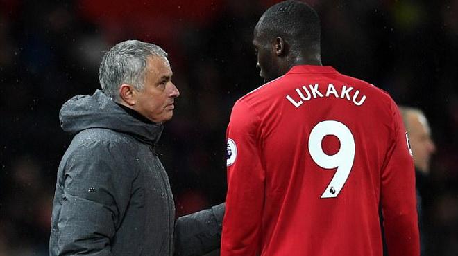 Martin Keown: 'Mourinho phải để Lukaku... dự bị nếu muốn hồi sinh anh'