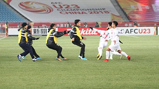 Cả 'rừng' sao Việt xúc động sau chiến thắng của U23 Việt Nam