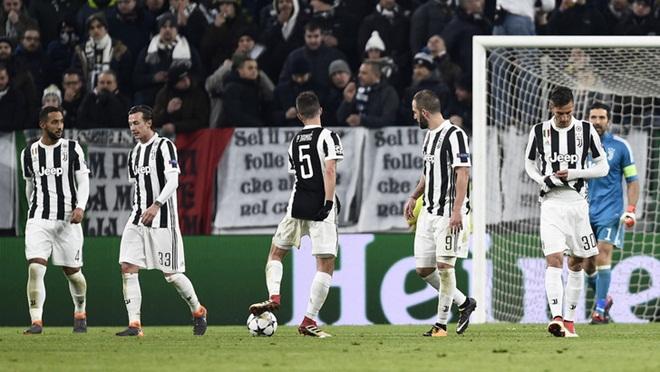 Juventus 2-2 Tottenham: Higuain lập cú đúp rồi đá hỏng penalty, Juve gặp bất lợi lớn