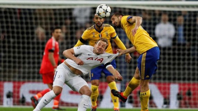 Chiellini: Spurs tạo ra cơ hội, Juve ghi bàn. Pochettino: Spurs đen thôi, đỏ quên đi!