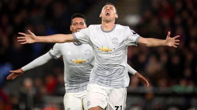 ĐIỂM NHẤN Crystal Palace 2-3 M.U: 'Quỷ đỏ' có cá tính nhưng Pogba, Sanchez  gây thất vọng