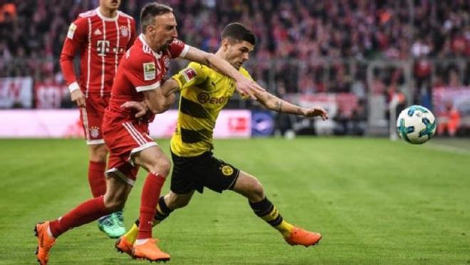 Lewandowski lập hat-trick, Bayern đè bẹp Dortmund 6 bàn không gỡ