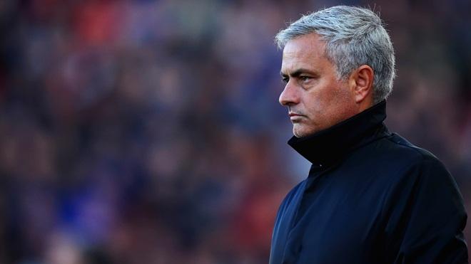 M.U khủng hoảng, Mourinho có nguy cơ bị sa thải sớm