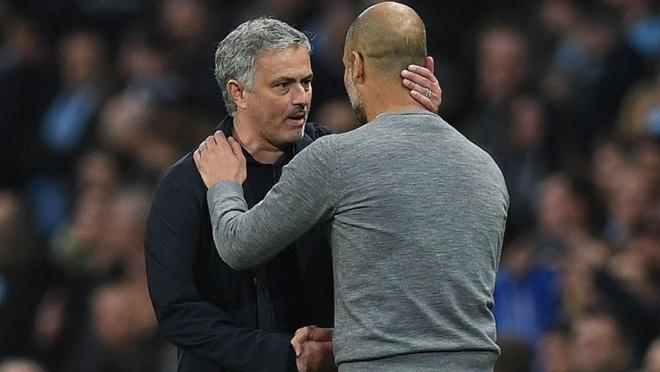 Mourinho: 'Ai bảo M.U đá kém nữa không? Ai chỉ trích tôi nữa đi?'
