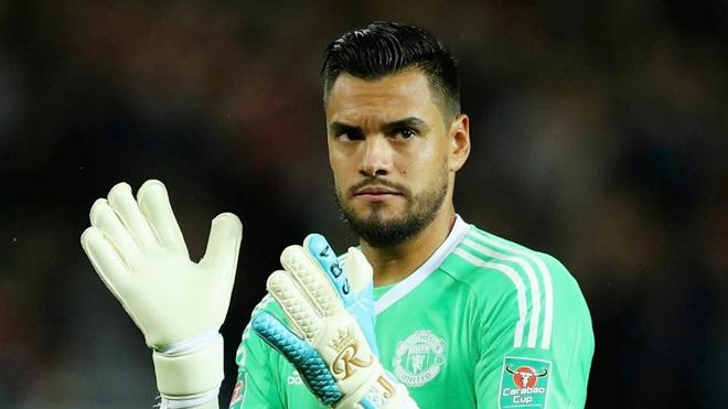 CHUYỂN NHƯỢNG M.U 10/6: Mourinho nhận cảnh báo. Bị Juventus 'cướp' sao trẻ. Ra 'tối hậu thư' vụ Alderweireld