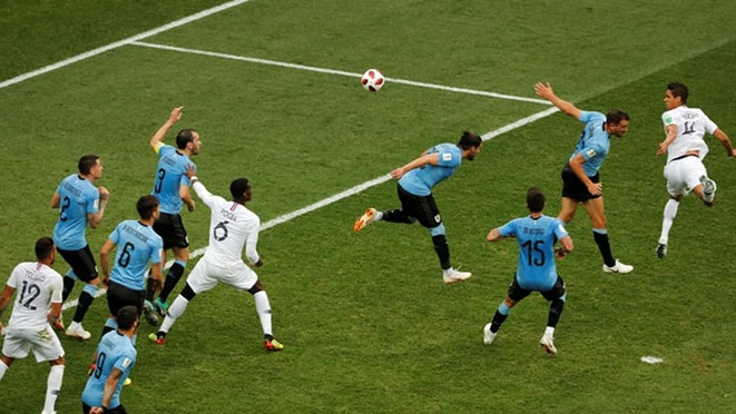 ĐIỂM NHẤN Pháp 2-0 Uruguay: Vũ khí bất ngờ và sự cô độc của Suarez