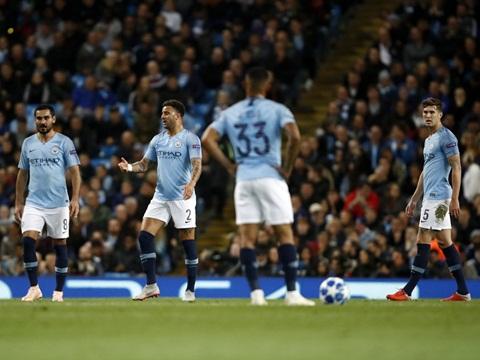 CẬP NHẬT 20/9:Thua sốc Lyon, Man City lập kỷ lục buồn ở Champions League