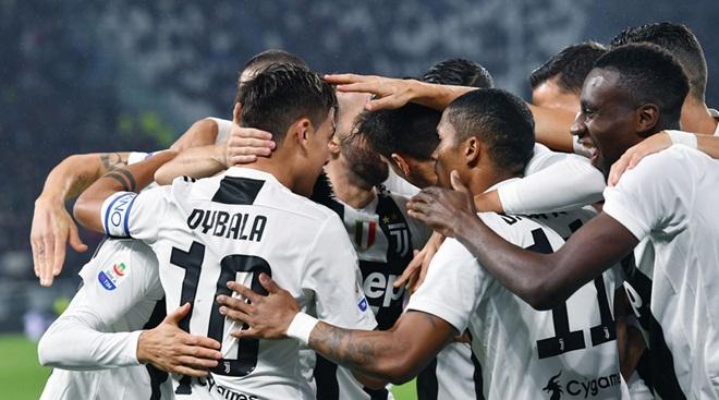 ĐIỂM NHẤN Juventus 3-1 Cagliari: Ronaldo không ngừng tỏa sáng. Nguy cơ lớn xuất hiện