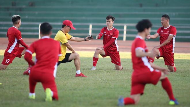 Tuyển Việt Nam sẽ xuất phát với đội hình nào ở trận gặp Lào?
