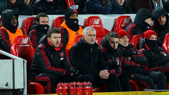 Pogba gây sốt vì đăng bức ảnh đầy ẩn ý sau khi Mourinho bị sa thải