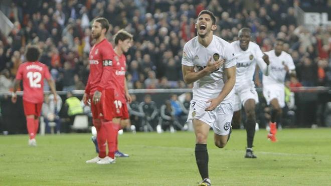 ĐIỂM NHẤN Valencia 2-1 Real Madrid: Real như một công trường. Zidane đối mặt nhiều vấn đề