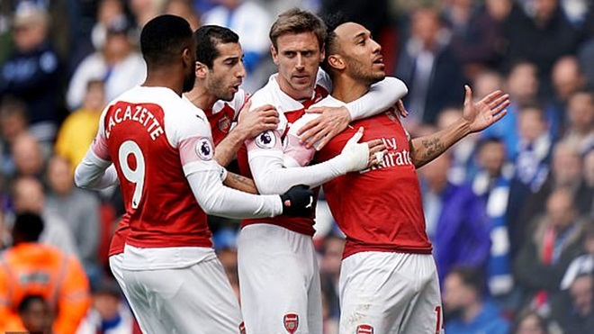 Arsenal 1-1 Brighton: Mất điểm khó tin, Arsenal sắp hết hi vọng vào top 4 (FT)