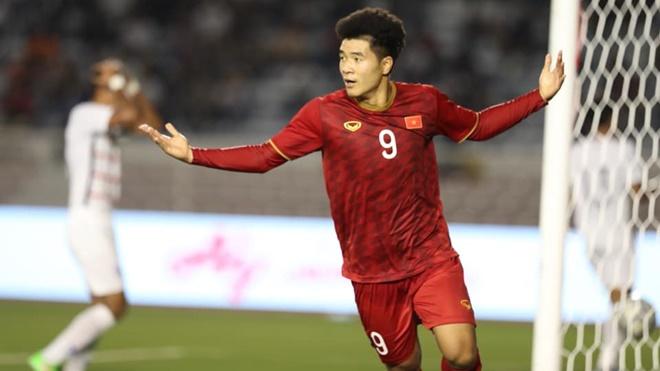 Đức Chinh tiến bộ vượt bậc thế nào dưới bàn tay HLV Park Hang Seo?