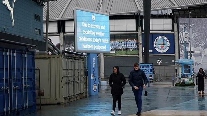 Trận Man City vs West Ham ở vòng 26 Ngoại hạng Anh bị hoãn vì thời tiết xấu