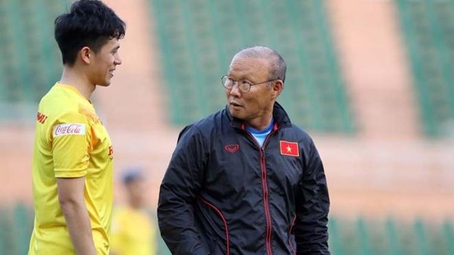 Đình Trọng trở lại: Toan tính sâu xa và nỗi lo của ông Park