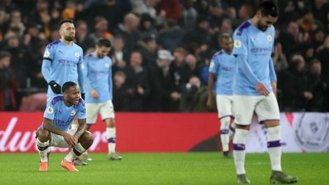 Man City bị cấm dự Champions League: Những nguy cơ nhãn tiền