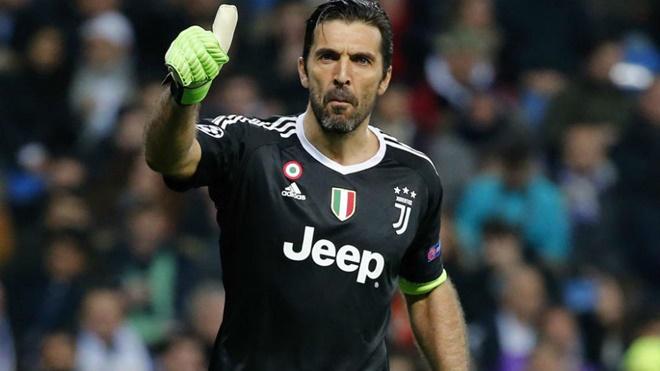 Buffon sắp gia hạn với Juventus, sẵn sàng thi đấu đến 50 tuổi
