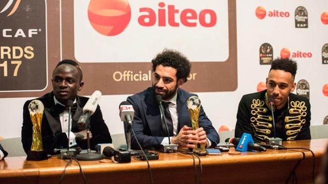 Xavi giải thích vì sao Barca không nên mua Aubameyang hay Sadio Mane