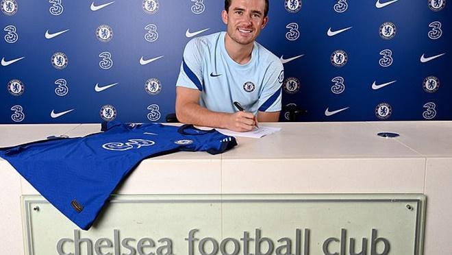 Bong da, Bóng đá hôm nay, chuyển nhượng MU, MU gia hạn với Henderson, Chelsea mua Chilwell, chuyển nhượng Chelsea, chuyển nhượng bóng đá, tin chuyển nhượng, Chilwell, MU